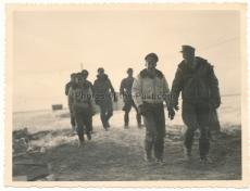 Jagdflieger Ass Adolf Galland mit einem Ritterkreuzträger !