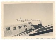 Adolf Hitler im Junkers Ju 52 Flugzeug