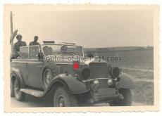 Adolf Hitler im Mercedes G 4 W 31 Geländewagen PKW