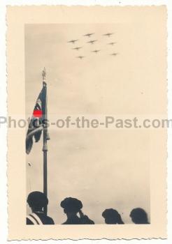 Wehrmacht Parade Standarte Flugzeuge Luftwaffe