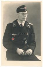 Portrait Tiger Panzer Kommandant Willibald Krakow schwere Panzer Abteilung 503 Deutsches Kreuz in Gold DKiG Panzerkampfabzeichen EK I