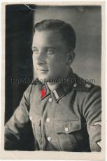 Waffen SS Rottenführer der Leibstandarte Adolf Hitler mit LAH Kragenspiegeln