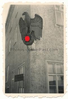 Wehrmacht Hoheitsadler mit Hakenkreuz Kaserne Coburg