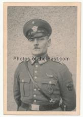 2 Fotos Polizist mit Badenkampfabzeichen ! Partisanenbekämpfung 1944
