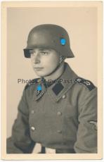 Stahlhelm Portrait Angehöriger der SS-VT Standarte 1