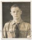 Pass Portrait Hitlerjugend Schulterklappen Nummer 33