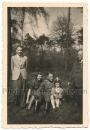 SS Offizier mit Familie Mädchen mit Schirmmütze