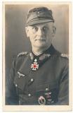 Portrait Ritterkreuz mit Eichenlaub Träger Generalleutnat Otto Schünemann 337. ID