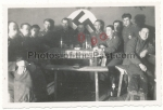 Ritterkreuzträger Feldwebel des Heeres und Feldwebel mit Deutschem Kreuz in Gold und Nahkampfspange