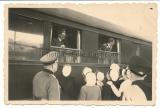 Adolf Hitler im Führersonderzug in Laon Frankreich 1940
