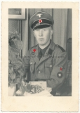 Portrait Waffen SS Oberschütze mit Schirmmütze