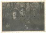 Waffen SS Mann mit Ärmelband Adolf Hitler