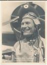 Ritterkreuz und Eichenlaubträger der Luftwaffe Hauptmann Werner Baumbach