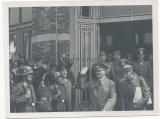 Adolf Hitler mit Stabsoffizieren