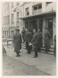 Generalfeldmarschall Kesselring beim II. Fliegerkorps im Osten - Ritterkreuzträger der Luftwaffe