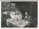 3 Fotos Generalfeldmarschall Kesselring im Waldlager im Osten - Ritterkreuzträger der Luftwaffe und des Heeres