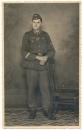 Portrait Soldat mit Ärmelband AFRIKAKORPS