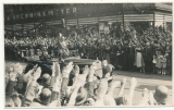 Adolf Hitler und der Kommandeur der Leibstandarte SS Sepp Dietrich im Mercedes PKW in Hamburg 1936