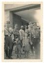 SA Männer Sturmbann 13/177 mit Kindern