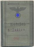 Wehrpaß und Todesbenachrichtung für einen Obergefreiten im Panzergrenadier Regiment 13
