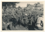 Set 4 photos Reichsjugendführer Axmann General Weber at Grenadier Regiment 431 Trzcianka Rutka Tartak Polen 1944