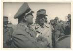 Konvolut 4 Fotos Reichsjugendführer Axmann beim Grenadier Regiment 431 Ritterkreuzträger General Weber Trzcianka Rutka Tartak Polen 1944