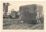 LKW der Waffen SS Division Totenkopf im Schlamm an der Ostfront in Russland