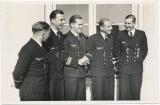 Ritterkreuzträger der Kriegsmarine - U Boot U 617 Kommandant Albrecht Brandi mit Offizieren