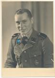 Portrait Waffen SS Sturmmann mit Panzerkampfabzeichen - Totenkopfverbände !