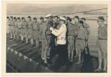 Ritterkreuzträger der Kriegsmarine - Verleihung an Heinrich Schonder auf U 77 in Salamis 1942