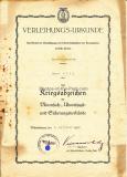 Verleihungsurkunde Kriegsabzeichen für Minensuch-, U Boots Jagd-und Sicherungsverbände für einen Maschinenmaat der Kriegsmarine und Diverse Dokumente - Stempel vom Kommando der K - Verbände Lehrkommando 100